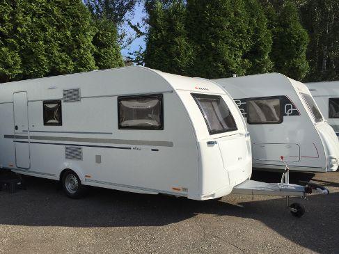 Wohnwagen Etagenbett Adria : Adria aviva pk u ein leichter wohnwagen für die ganze familie
