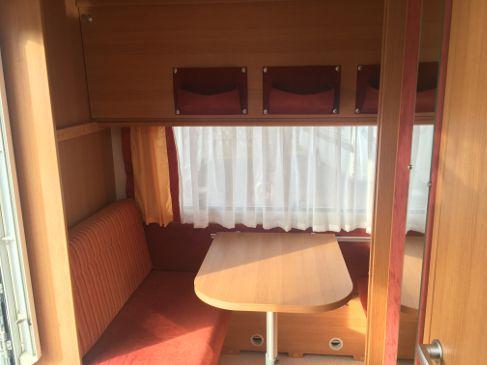 Etagenbett Umbau Wohnwagen : Wohnwagen knaus personen mit hochbett mikrowelle und inkl