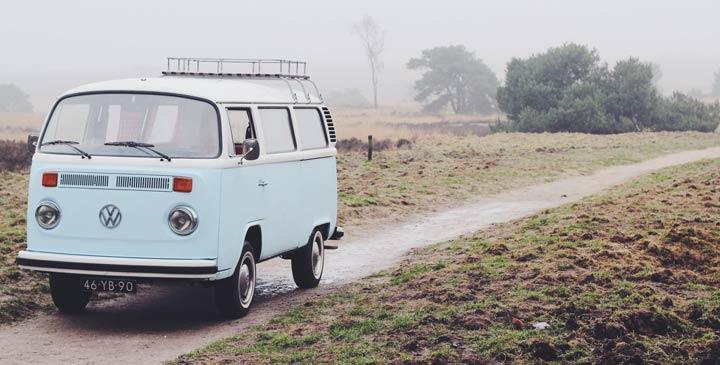 vw bulli zwischen kult bulli und professionellem campingbus. Black Bedroom Furniture Sets. Home Design Ideas