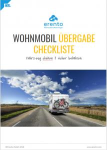 titelbild-mit-wohnwagen-auf-straße-und-blauem-himmel